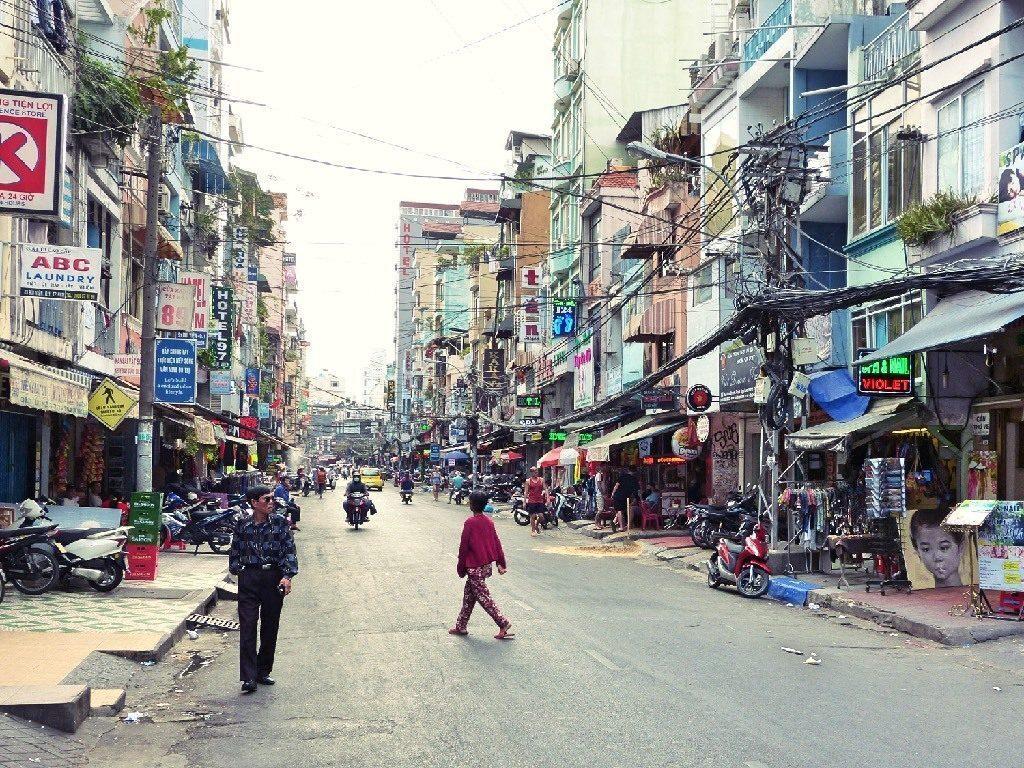 Ho chi minh saigon nach phnom penh siem reap angkor wat for Jardin des sens ho chi minh